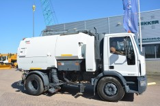 Iveco Sweeper truck - ML180E28K