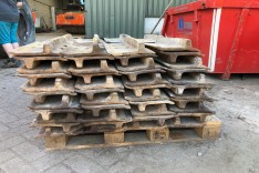 Used trackpads for Caterpillar D8R